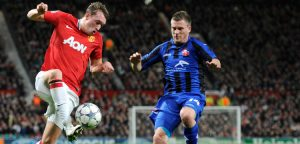 Silviu Ilie vs Phil Jones (Manchester United)